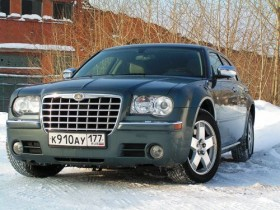 Chrysler 300C Touring AWD